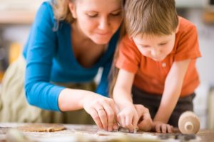 mother-and-child-baking1